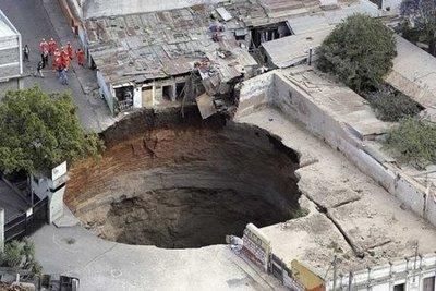8.Sinkhole